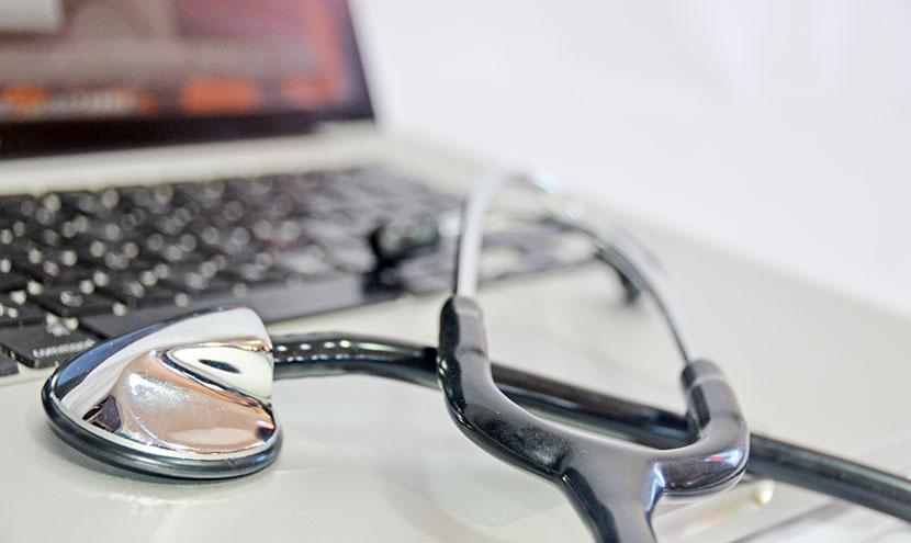 病院向け医療検査システム開発